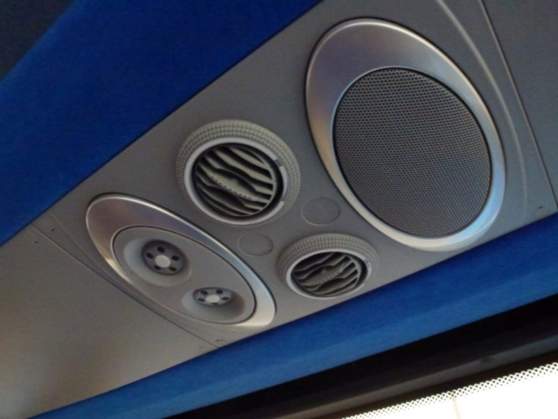 Personal air vents and reading lights - Click to Enlarge